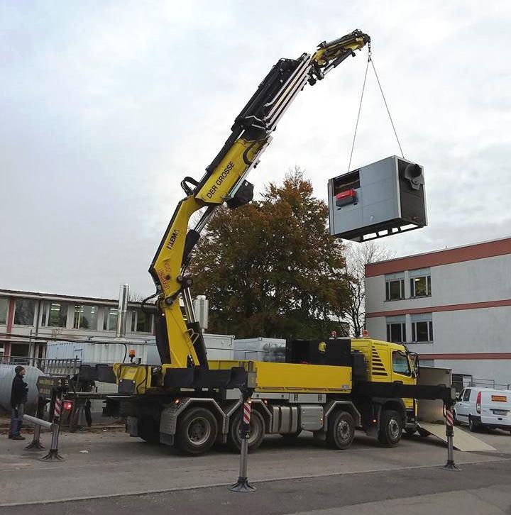Der Gasbrenner wird an der temporären Heizzentrale am Habererweg abgebaut und zur neuen KUMS-Heizzentrale Am Erlberg überführt.